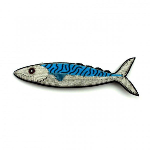 caballa broche pez