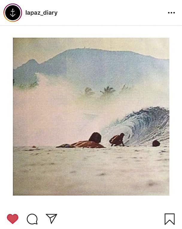 Captura de pantalla de la cuenta de Instagram de @lapaz_diary. Marca de ropa masculina con la que colabora Just The Sea. Mucho surf, playa y viajes al mar en sus stories.