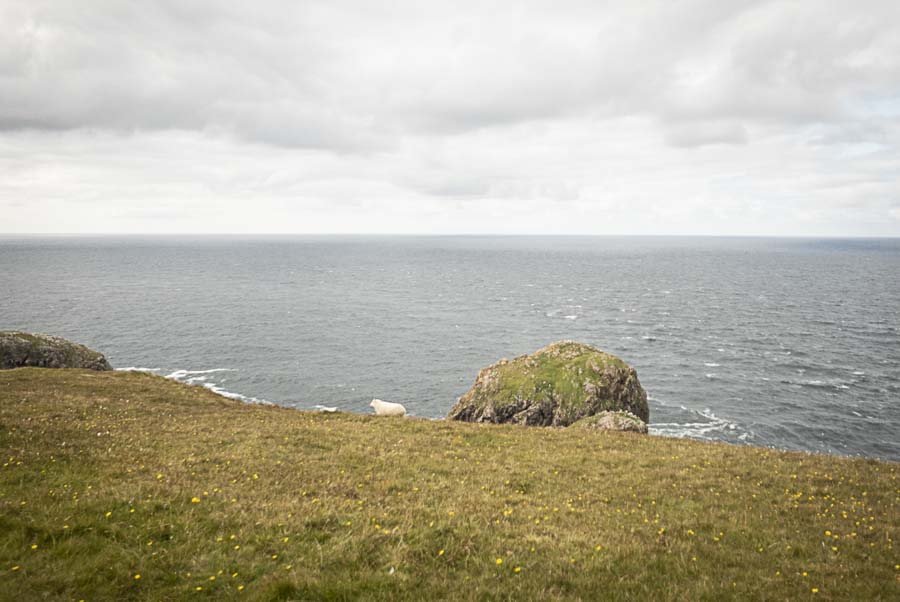 Fotografía de Lupe Vázquez de un paisaje marino en Cape Wrath, Escocia. Convocatoria Periplos de Just The Sea