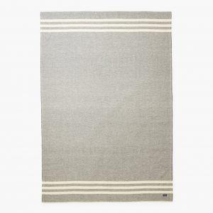 rayures de couverture en laine grise