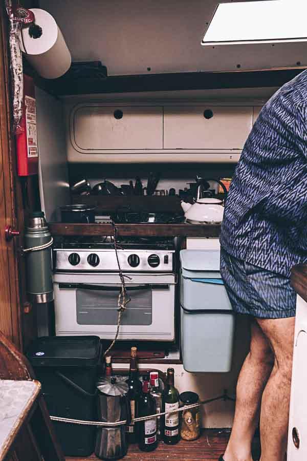 Entrevista a Kenneth Perdigón sobre el libro de recetas del velero Narinan